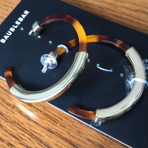 BaubleBar Jewelry - Gold and tortious shell hoops